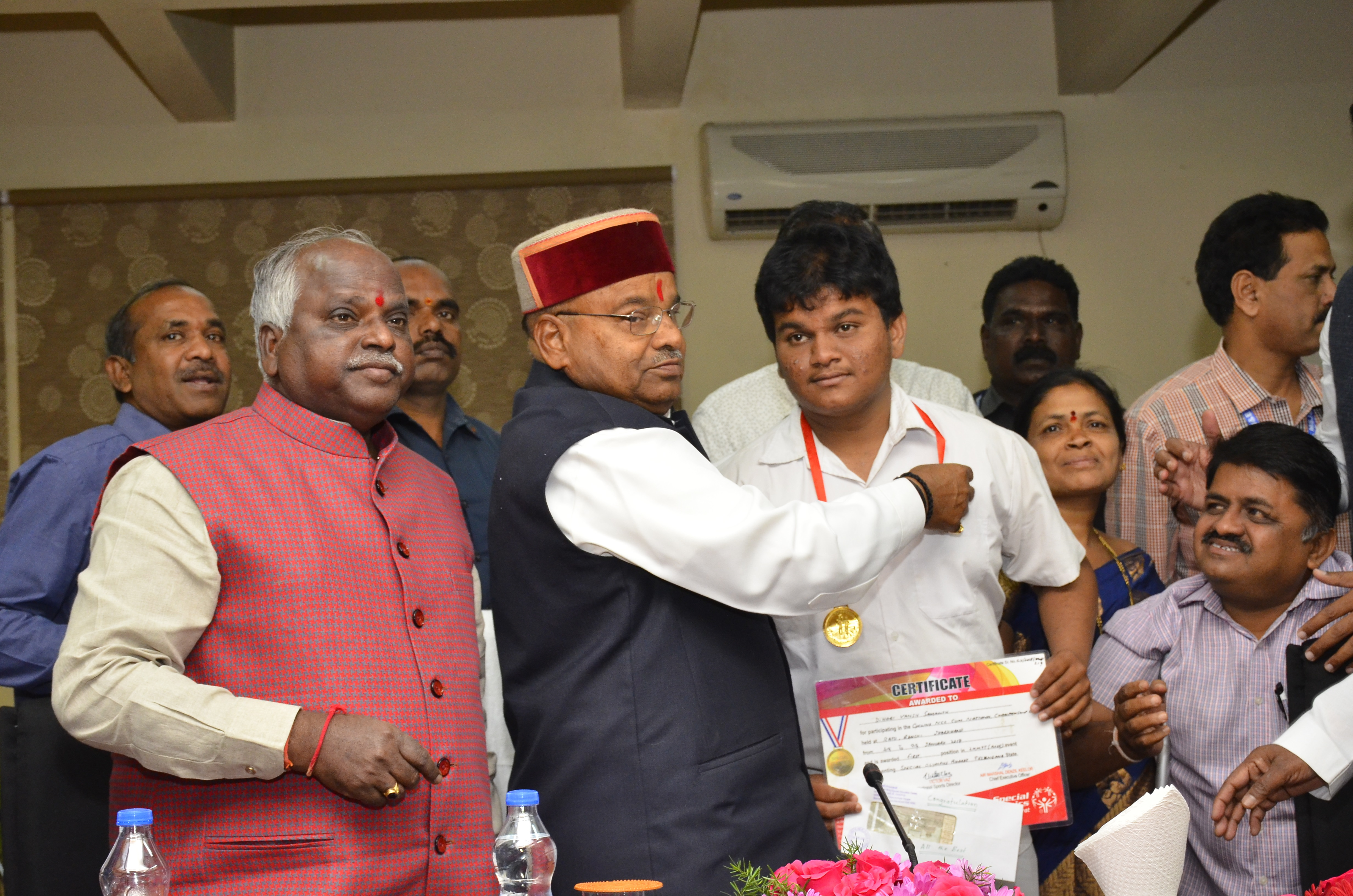 Visit of Shri.Thaawarchand Gehlot_ninteen_size photo
