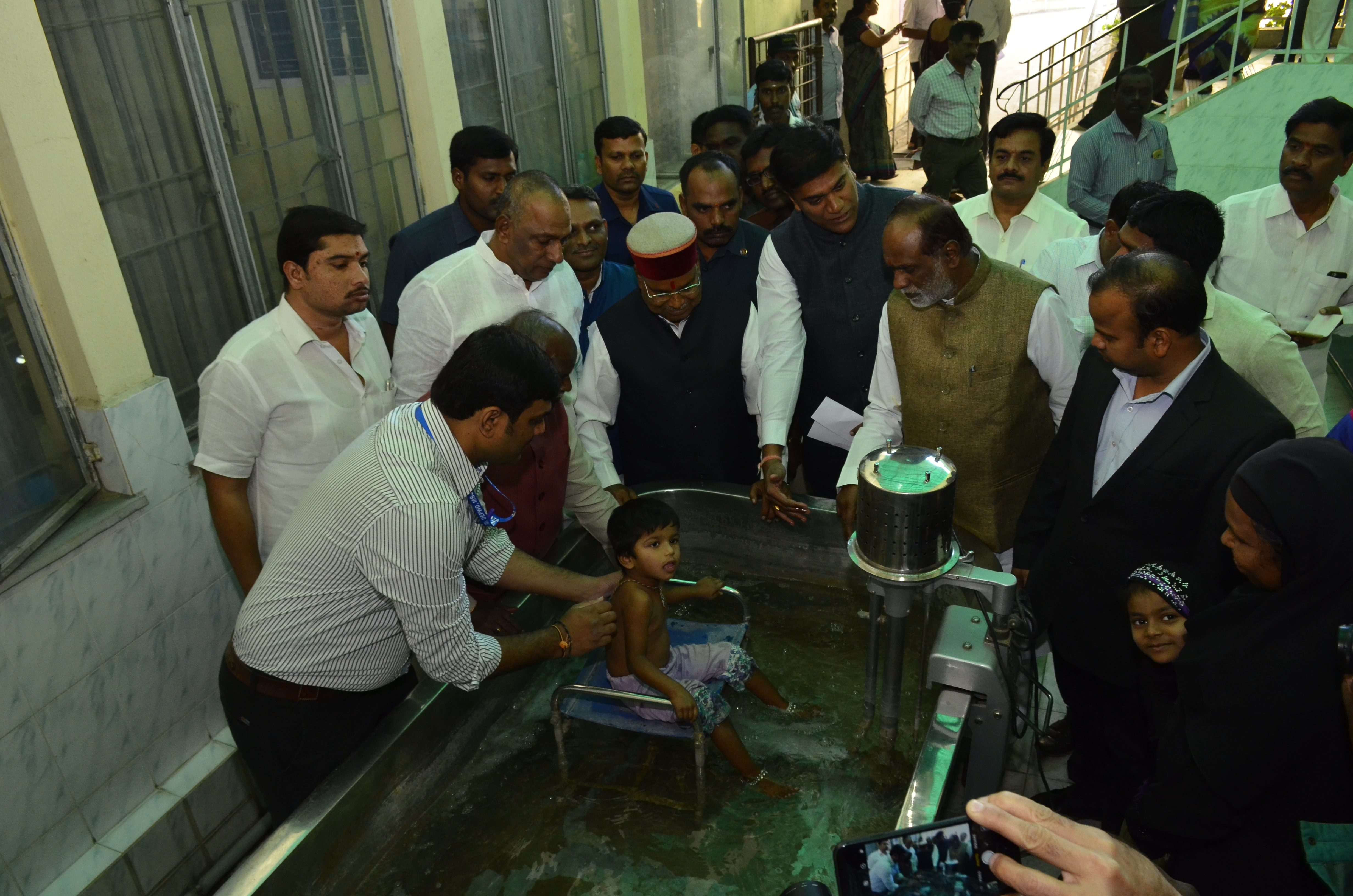Visit of Shri.Thaawarchand Gehlot_ten_size photo